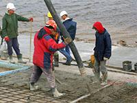 Бетонирование откосов дамбы Рижской ГЭС (Латвия) с использованием добавки в бетон ЛАХТА® КМД