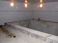 Бассйен, обработанный составом ЛАХТА® обмазочная гидроизоляция
